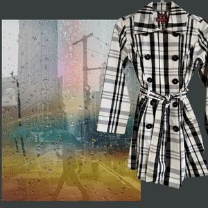 TRENCH COAT-DRESS Burberry-esque